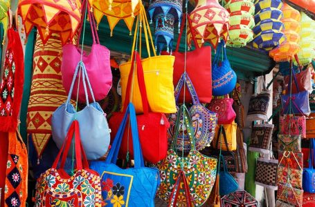Shop for Indian Craft at Pipili